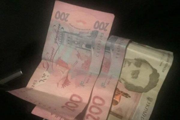 У Костополі п'яний водій намагався дати поліцейським 500 гривень хабара