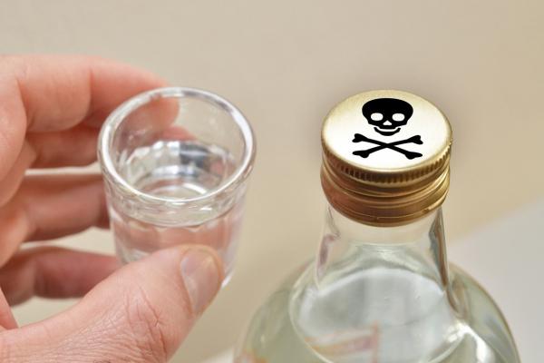 Рівнянина судитимуть за сурогатний алкоголь