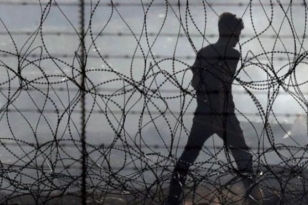 Рівнянину загрожує до 12 років ув`язнення за спробу контрабанди психотропних речовин