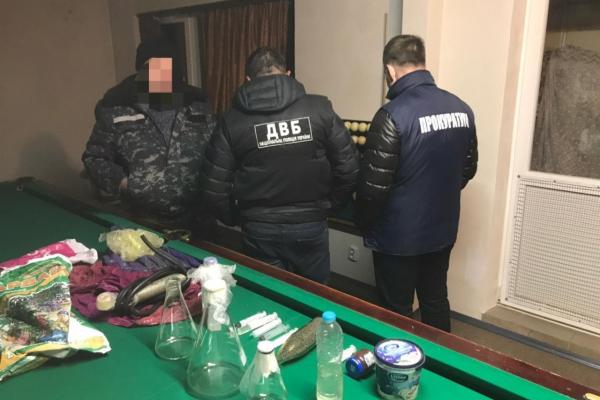 Рівненські правоохоронці «накрили» злочинне угрупування (ФОТО)