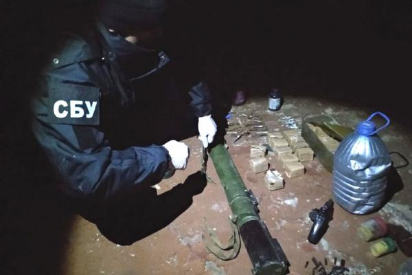 На Рівненщині в уродженця Російської Федерації вилучили протитанкову ракету (ФОТО)