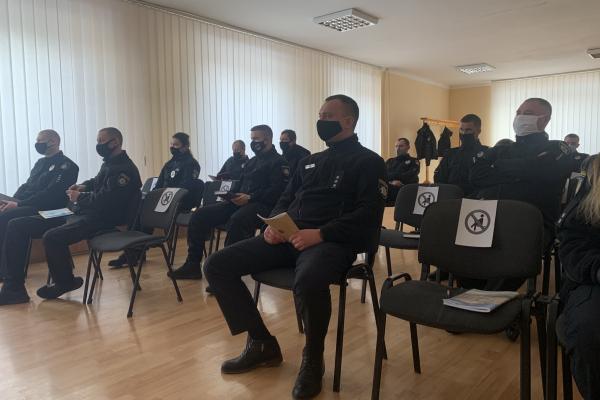 Рівненським поліцейським провели заняття з української мови