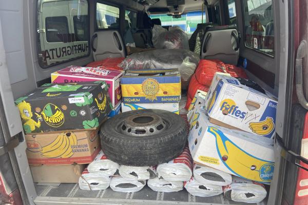 Рівненські волонтери передали гуманітарну допомогу на Схід