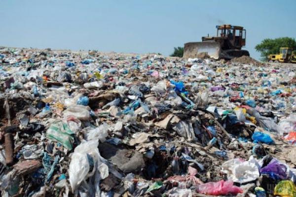 На Рівненщині ще 94 сміттєзвалища потребують паспортизації