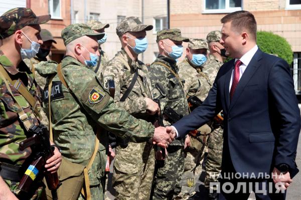 Зведений загін поліцейських Рівненщини провели у зону ООС