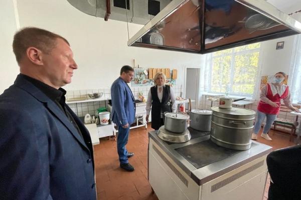 У Грушвицькій школі-ліцеї оновлять техніку в харчоблоці