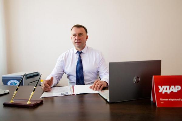Триває розбудова партійних осередків «УДАР» Віталія Кличка» на Рівненщині. Політсила стикнулася з утисками