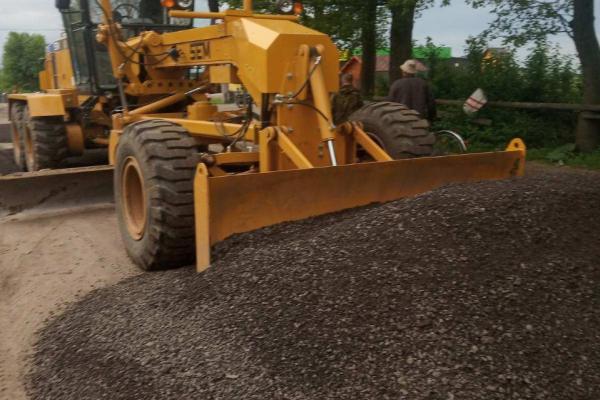 Дорогу до Білого озера обіцяють відремонтувати