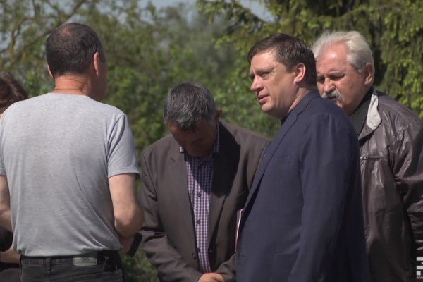 На Рівненщині мешканці села проти створення сміттєсортувальної станції (ВІДЕО)