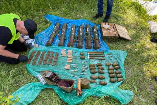 На Сарненщині виявили збройний арсенал (ФОТО)