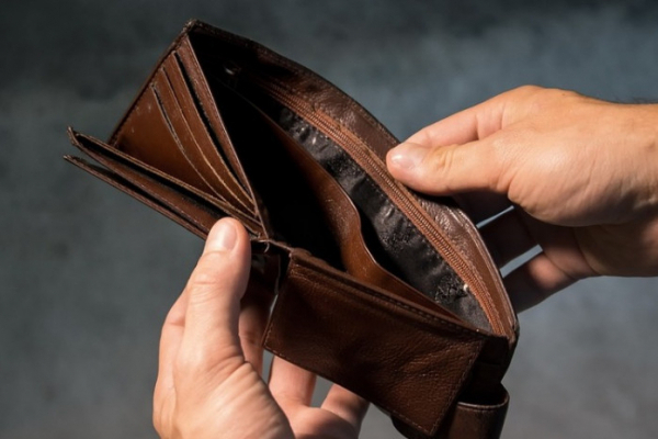 Торік доходи нижчі за рівень прожиткового мінімуму одержували 600 тисяч громадян
