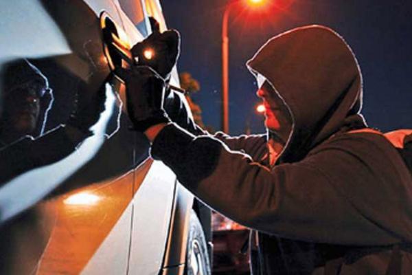 Викрадені транспортні засоби  знаходять під час реєстрації у сервісних центрах МВС Рівненщини