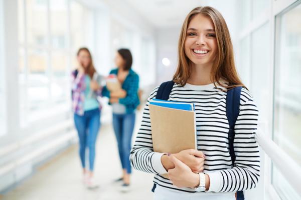 В Україні розпочато прийом заяв до вищих навчальних закладів