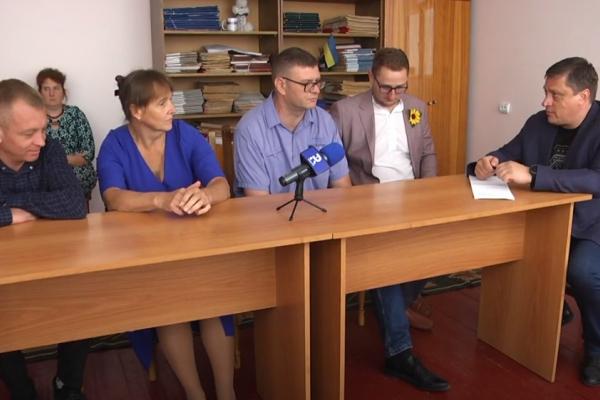 У селі Межирічі на Острожчині обговорили проблему централізованого водопостачання