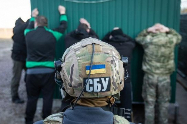 СБУ припинила дію корупційної схеми на Рівненській (Поліській) митниці