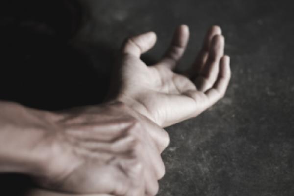 Жителя Рівненського району підозрюють у зґвалтуванні малолітньої дівчини