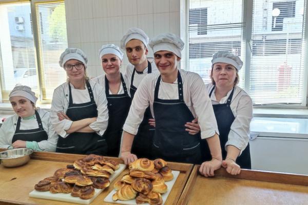 «Іди й роби»: у Рівному хочуть створити пекарню з особливими пекарями