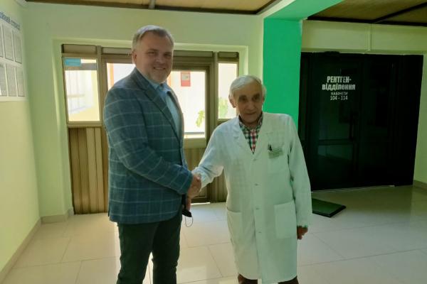 Олександр Ковальчук ініціював присвоєння звання «Герой України» головному лікарю ЦМЛ Рівного Євгену Кучеруку