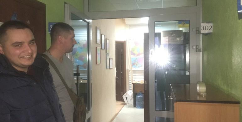 В офісі народного депутата провели обшук: подробиці (Відео)