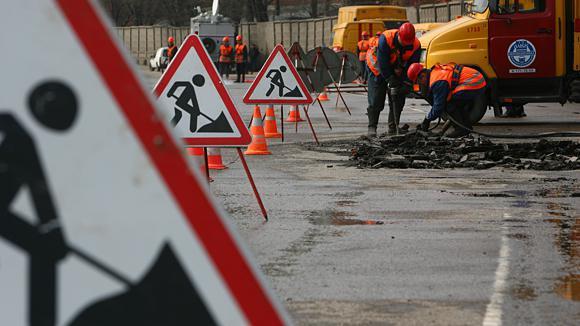 Вулиці Рівного ремонтують без проведення тендерів