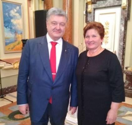 Вчителів  Рівненщини  сьогодні  нагороджував  Президент