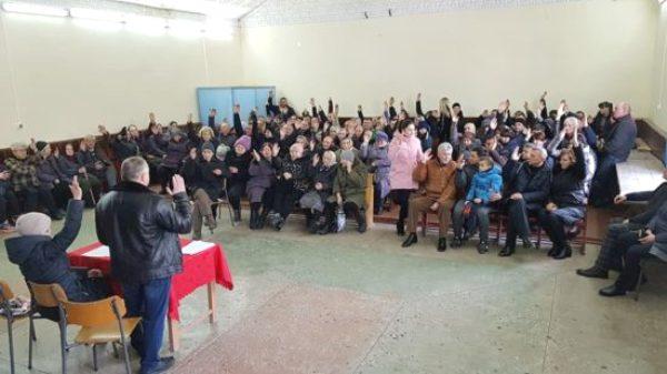 У П'ятигорах на Здолбунівщині учасники парафіяльних зборів проголосували за ПЦУ