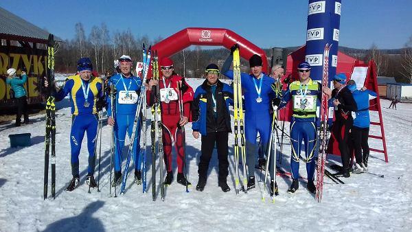 Успішні старти ветеранів із Млинова на лижних перегонах у Польщі