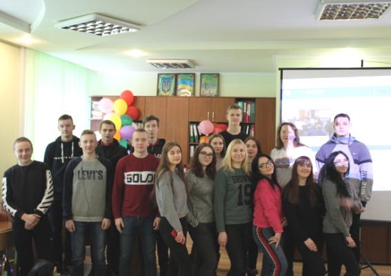 Понад сто школярів Рівного долучилися до всеукраїнського проекту «WOW Teachers»