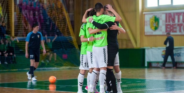 Рівненська футбольна команда перемогла у матчі проти «Титана»