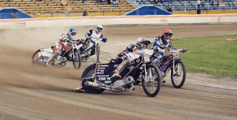 Рівненські спідвеїсти стартують у німецькому турі «Speedway Friendship Cup»