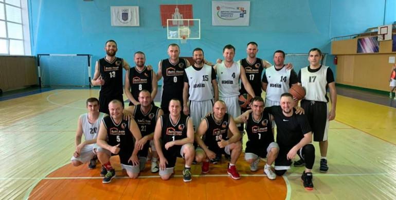 Рівненські баскетболісти стартували на Чемпіонаті України з перемог
