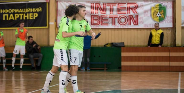 «Кардинал-Рівне» переміг в останній домашній грі сезону