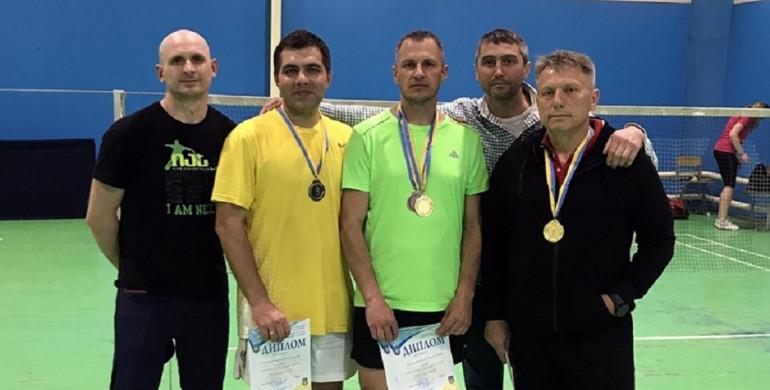 Рівненські бадмінтоністи повернулися додому з медалями