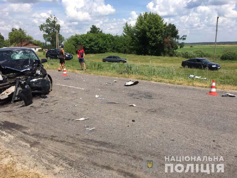 Сьогоднішнє ДТП в Березнівському районі: не розминулись автомобіль з мотоциклом