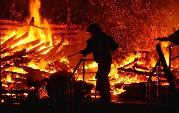На Рівненщині згоріли п'ять тон сіна