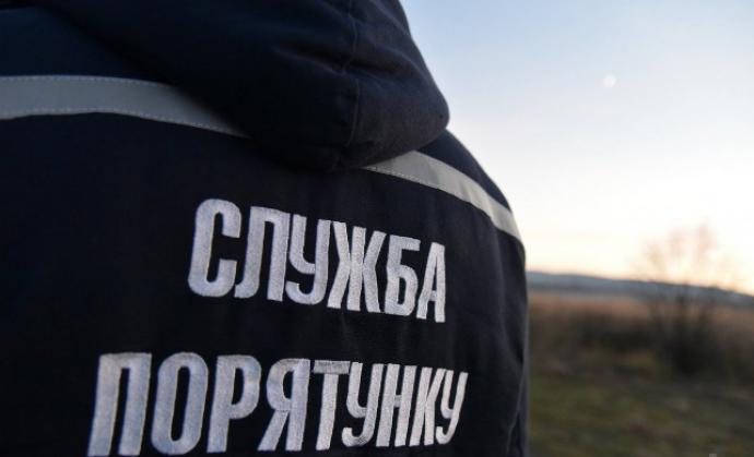 На Рівненщині піротехніки ДСНС знешкодили артснаряди