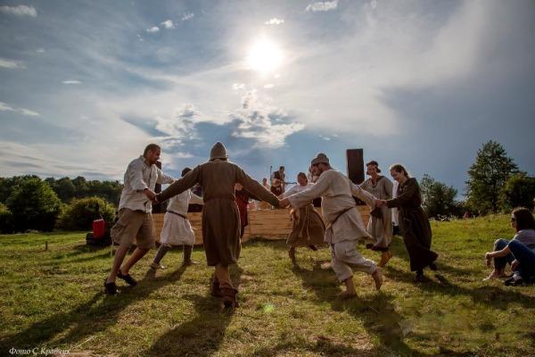 На Рівненщині просто неба відтворили добу Київської Русі