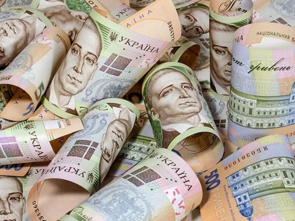 На Рівненщині стягують заборговану заробітну плату з підприємств