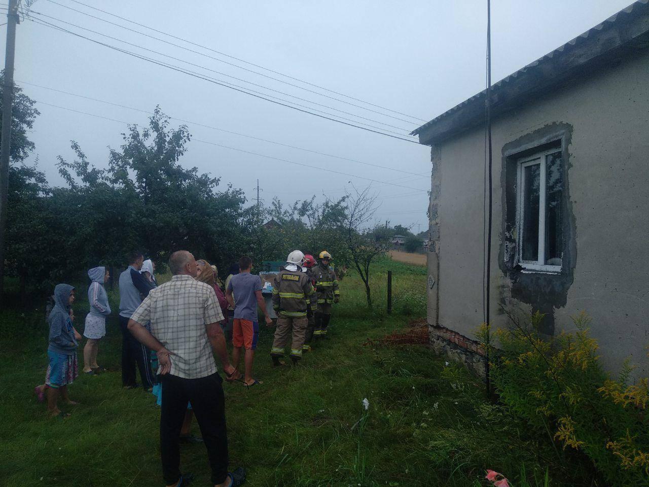 Сарненські вогнеборці врятували житловий будинок