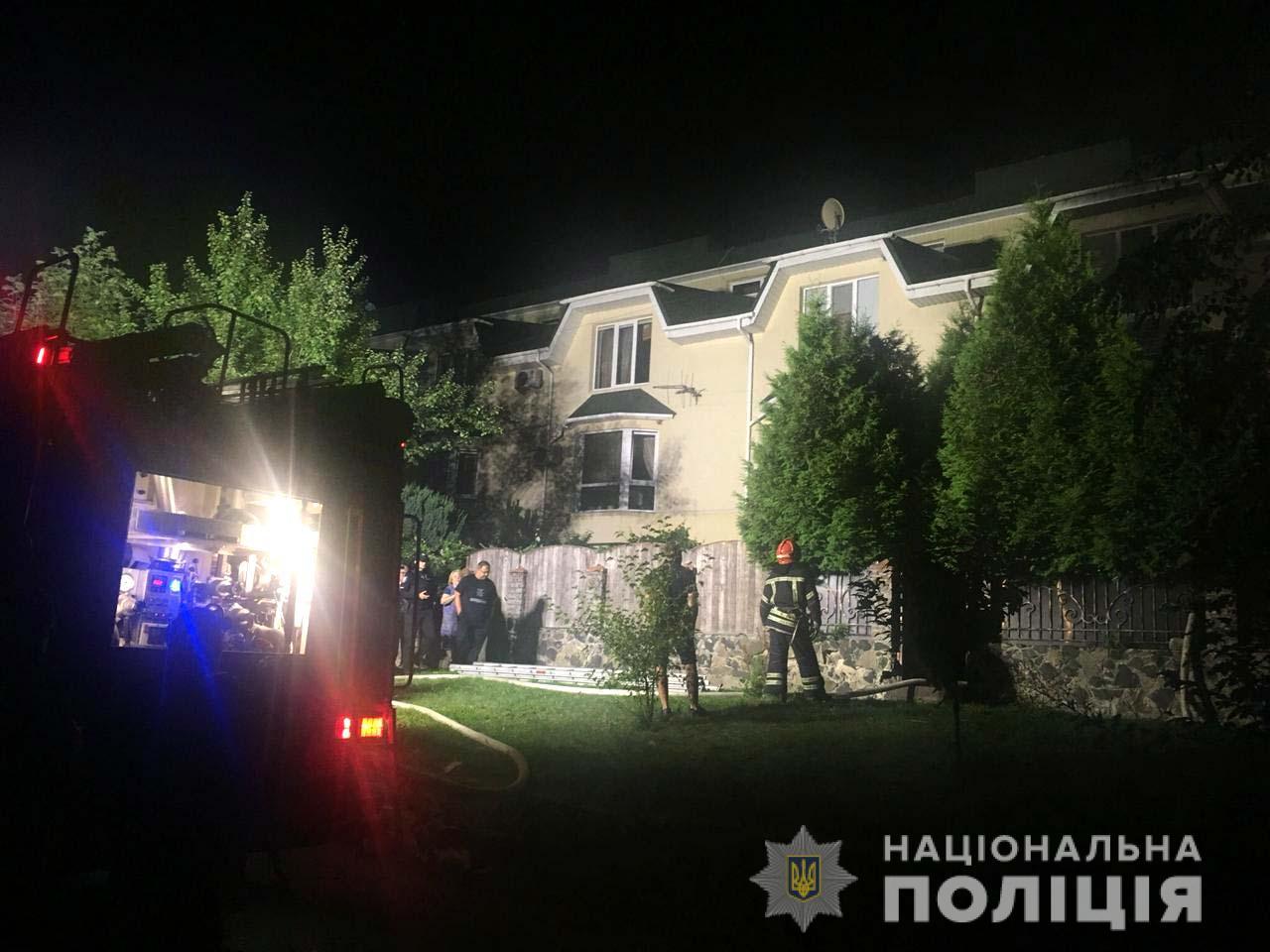 Рівненська поліція розслідує факт підпалу котеджу