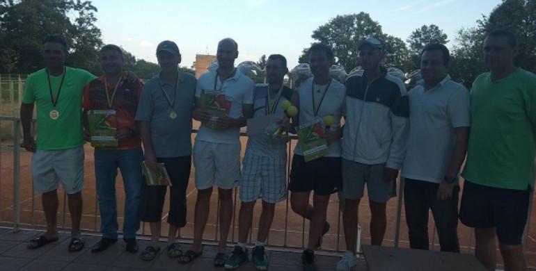 Три десятки тенісистів боролися за Кубок князів Острозьких