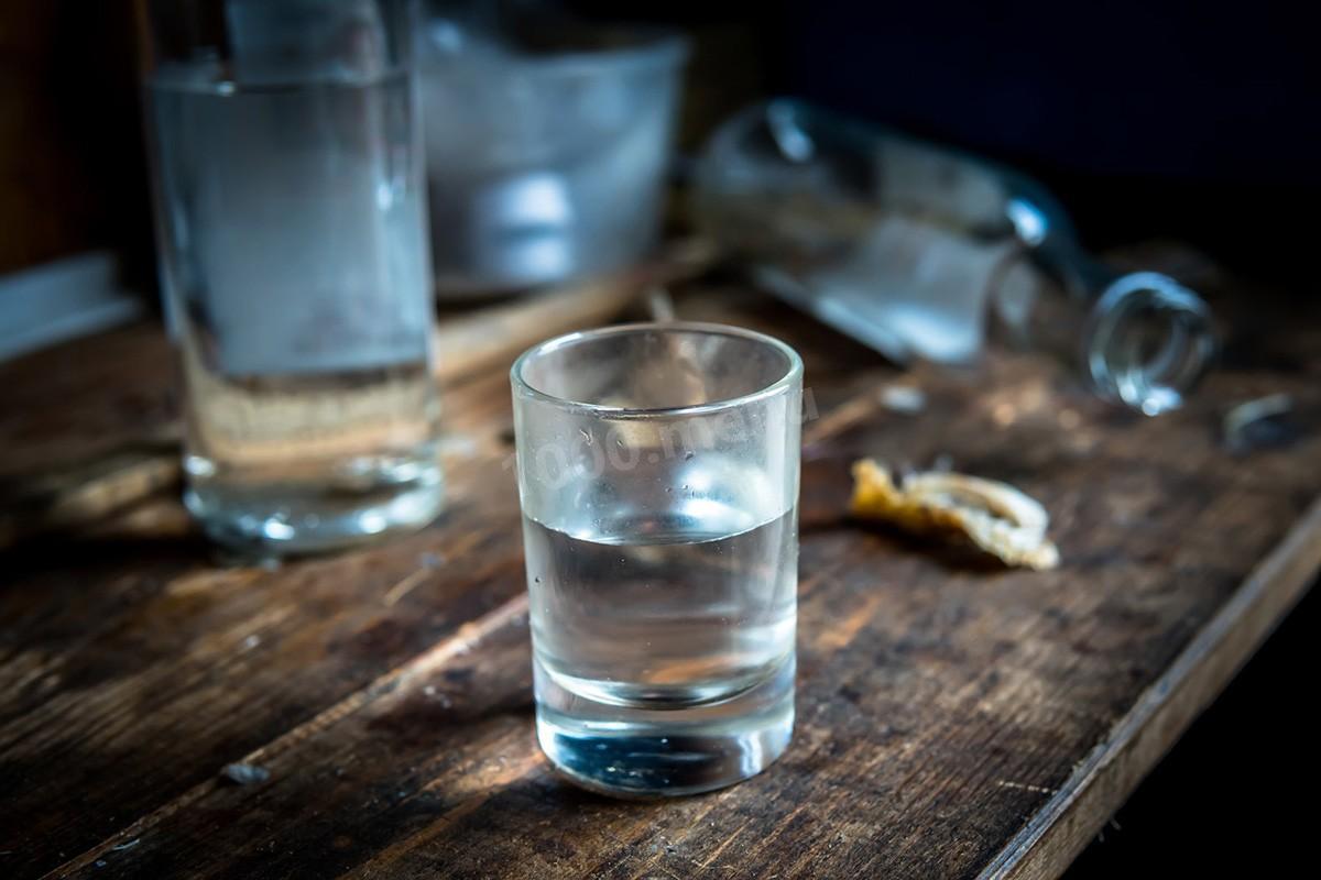 Понад чотириста літрів алкоголю вилили у Володимирці