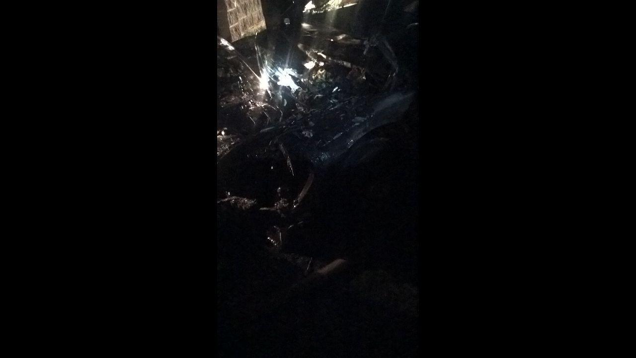 Рівненські вогнеборці врятували автомобіль