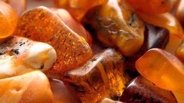 Кабмін затвердив законопроект про видобуток бурштину