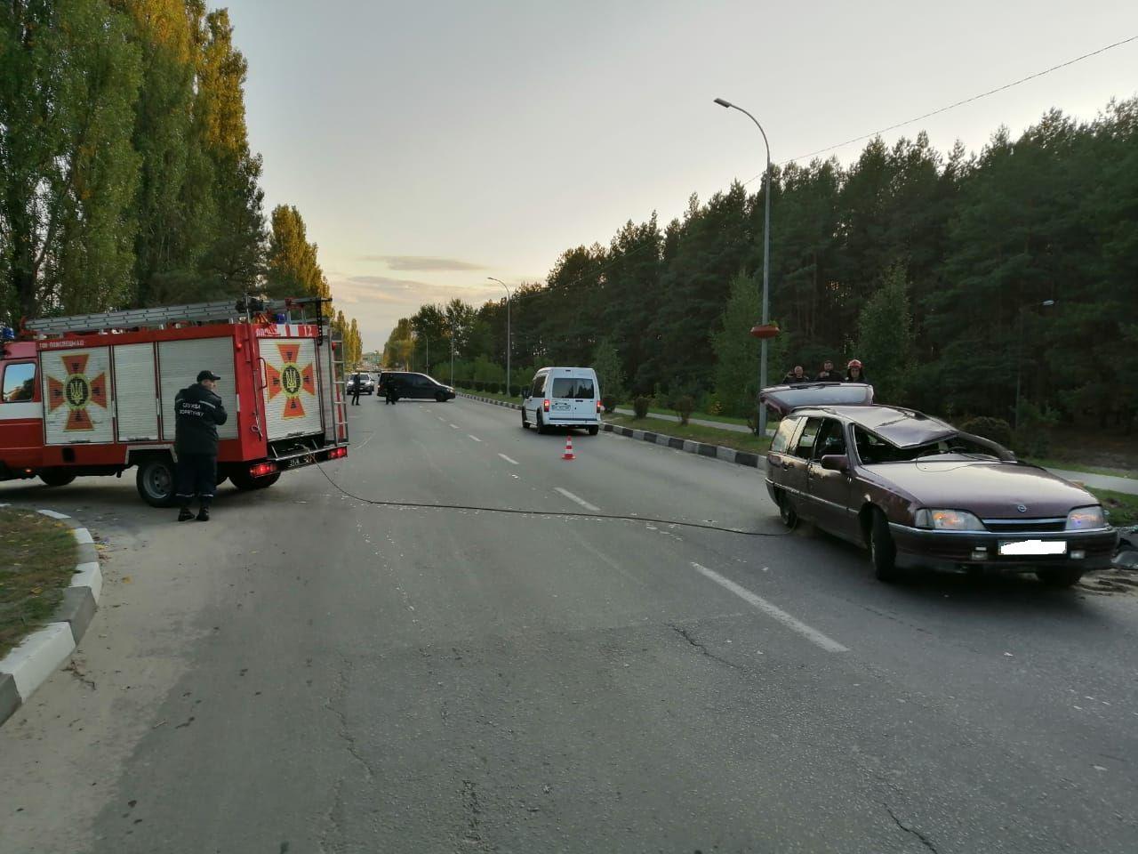 Вараські рятувальники допомогли працівникам поліції