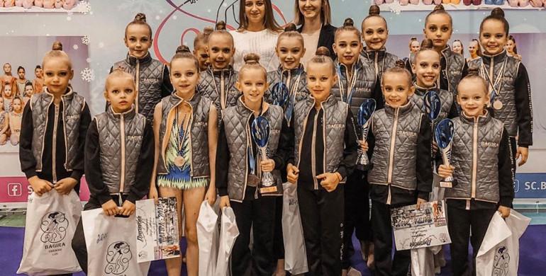Рівненські гімнастки повернулися зі Львова з перемогою