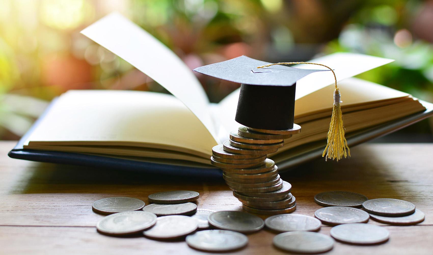 Рівнянам на замітку: як потрібно заповнювати документи, щоб отримати податкову знижку на навчання дитини