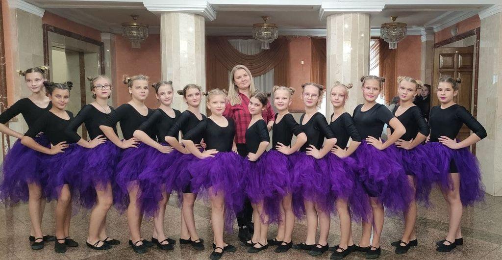 Юні танцівниці з Рівненщини опинилися в трійці кращих серед суперників з усіх куточків України